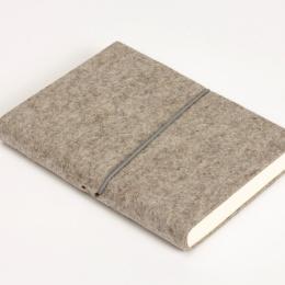 Kalender FILZDUETT Filz natur/Gummi grau | 12 x 16,5 cm,  1 Woche/Doppelseite