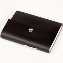 Kalender SCRIVO schwarz | 12 x 16,5 cm,  1 Tag/Seite
