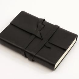 Wochenplaner CIRCUM schwarz   12 x 16,5 cm,  1 Woche/Doppelseite
