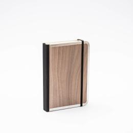Notizbuch BASIC WOOD Nuss | 12 x 16,5 cm, 144 Blatt Punktraster